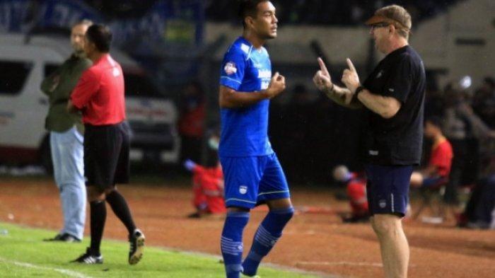 Jelang Liga 1, Siapa Pengganti Omid Nazari? Sejumlah Pemain yang Dikaitkan dengan Persib Bandung