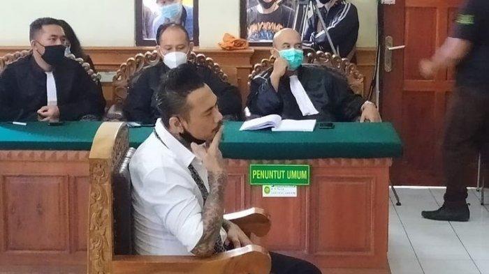 Periksa Jerinx di Bali, Polda Metro Jaya Akhirnya Sita Barang Penting Penabuh Drum Superman Is Dead