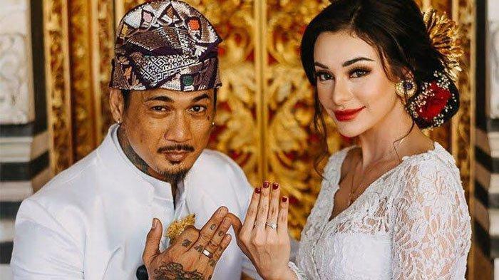 Jerinx SID Bongkar Rahasia Kuat di Ranjang dengan Istrinya Nora Alexandra, Bisa 'Meledak' 11 Kali