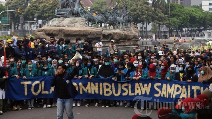 LIVE STREAMING Demo Tolak UU Cipta Kerja Selasa 20 Oktober 2020, Tepat Setahun Jokowi-Maruf Amin