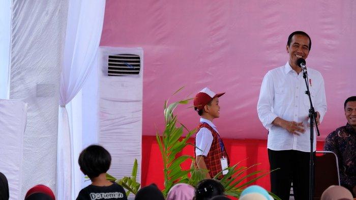 Murid SD Ditanya Jokowi Siapa Namanya, Jawabannya Bikin Ngakak!