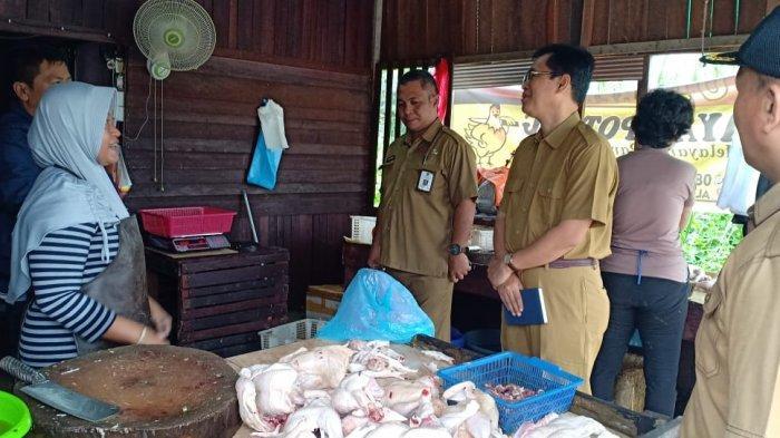 Harga Ayam Jomplang, Pedagang Ayam Datangi Kantor Disperindag Kutim, Ini yang Terjadi