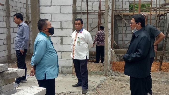 Progres Gedung Balai Nikah Sudah 60 Persen, Kabag TU Kanwil Kemenag Kaltim Tinjau Lokasi Pembangunan