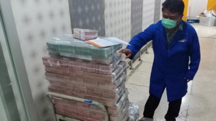 KABAR GEMBIRA, Pemerintah Cairkan 6 Bantuan di Bulan Oktober, Uang Langsung Masuk Rekening