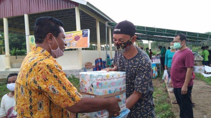 Jelang Perayaan Natal dan Tahun Baru, Pasar Murah di Kutai Barat Diserbu Warga