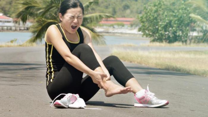Jangan Disepelekan! Kaki Sering Kram Gejala Penyakit Apa? Kenali Penyebab dan Cara Mengatasinya