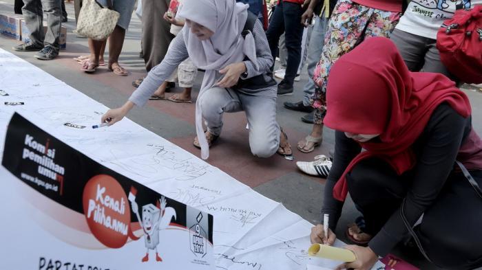 Partisipasi Politik Masyarakat  Ujung Tombak Demokrasi Pilkada