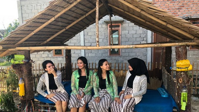Kampung Wisata Kenangan di RT 12 Kelurahan Lamaru, Kecamatan Balikpapan Timur, Kota Balikpapan, Provinsi Kalimantan Timur pada Rabu (15/8/2018) siang.