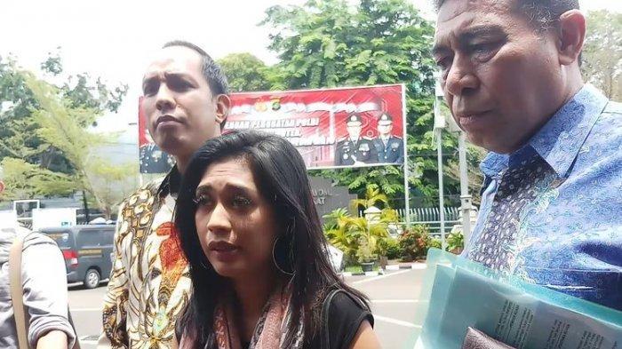 Ungkap Misteri Kematian Putri dari Finalis Indonesian Idol, Karen Pooroe Relakan Anaknya Diautopsi
