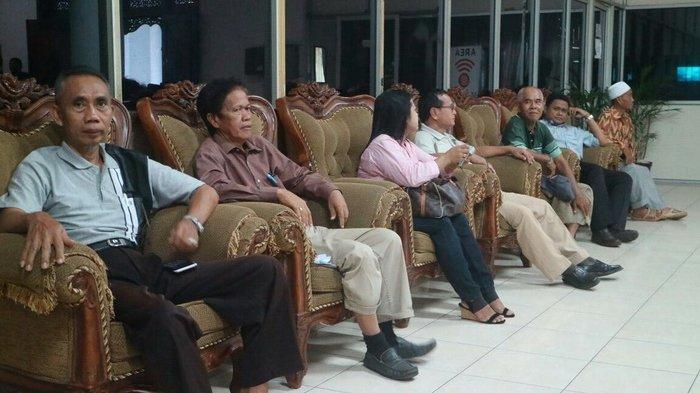 4 Kali Mengadu Belum Ada Kepastian soal Pesangon, Karyawan Eks Hotel Benakutai Kembali Datangi DPRD