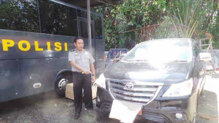 Politisi PKS Asal Kalimantan Kepergok Amoral Bareng Siswi 17 Tahun di Mobil Dinas