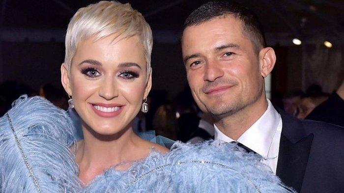 Tepat di Hari Valentine, Katy Perry Dikabarkan Bertunangan dengan Orlando Bloom