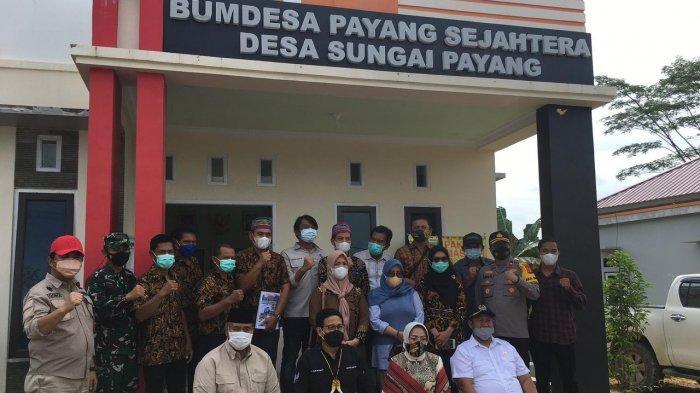 Kagum dengan BUMDes Berpenghasilan Rp 7,8 Miliar, Menteri Desa Gus Halim ke Desa Sungai Payang Kukar