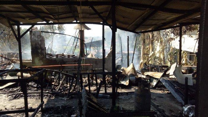 Kebakaran Depan SMAN 6 Balikpapan,  1 Rumah Ludes Terbakar