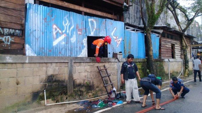 Bangunan Rumah Penjual Ayam Potong di Pasar Gusher Tarakan Terbakar, Ternyata Bangunan Ilegal