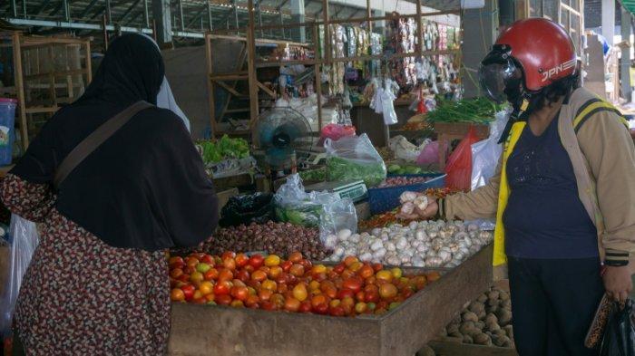 Harga Mayoritas Sembako di Pasar Induk Sangatta Masih Stabil, Hanya Bawang Putih yang Naik Rp 2.000