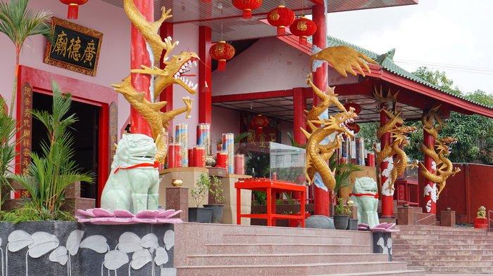 Mengunjungi Kelenteng Guang De Miao Balikpapan, Berarsitektur Oriental Etnik & Berusia 106 Tahun