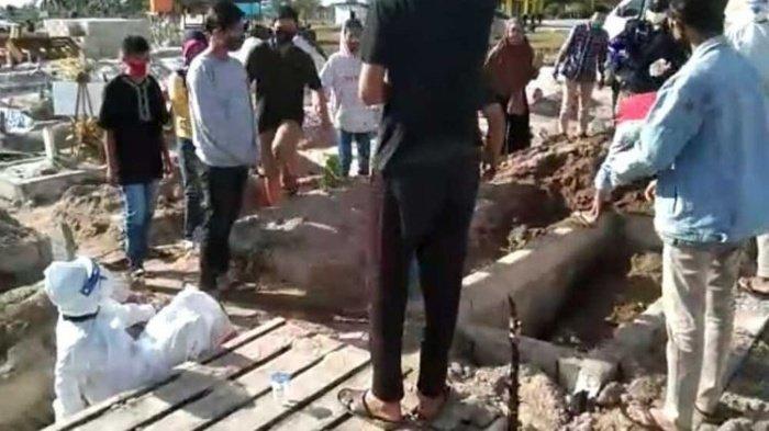 Keluarga Suspek Covid-19 Pukul Petugas Pemakaman, Ada yang Pingsan,  Polisi Amankan 4 Terduga Pelaku