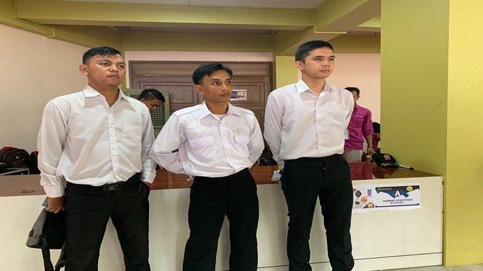 Peserta Tes SKD CPNS Telat & Gugur Setelah Tunggu Teman, yang Ditunggu Malah Bisa Masuk, 'Sedih Pak'