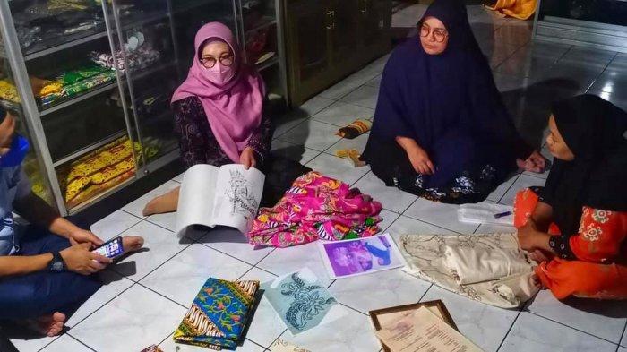 Ketua Dekranasda Berau Minta Para Pengrajin Batik Gabung dengan Koperasi