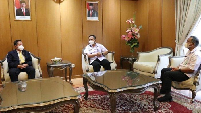 Ketua DPRD Kaltim Makmur HAPK Terima Kunjungan Kepala BNNP Kaltim