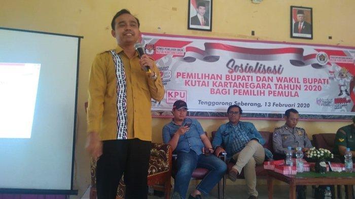 Jelang Pilkada Kukar, Ketua PWI Kutai Kartanegara Bagikan Tips Memilih Bagi Pemilih Millenial