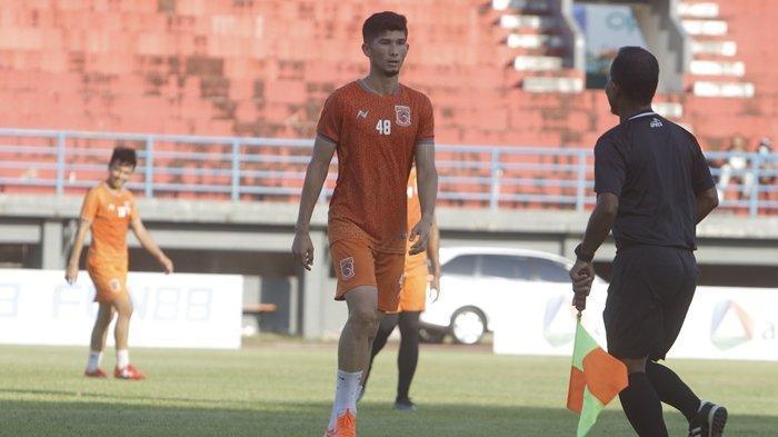 Jelang Liga 1, Bek Anyar Borneo FC, Kevin Gomes Pilih Nomor Punggung Peninggalan Lerby Eliandri