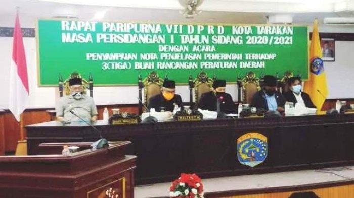 Hadiri Rapat Paripurna DPRD Tarakan, Walikota Khairul Sampaikan Nota Penjelasan 3 Raperda