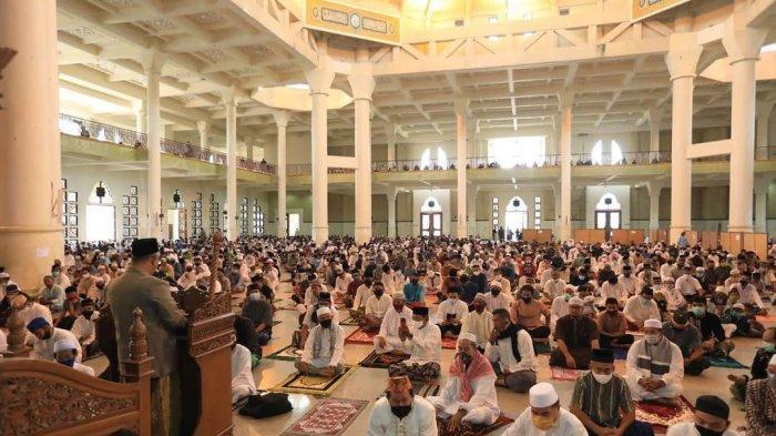 Walikota Khairul Jadi Khatib Salat Idul Adha di Masjid Baitul Izzah Tarakan