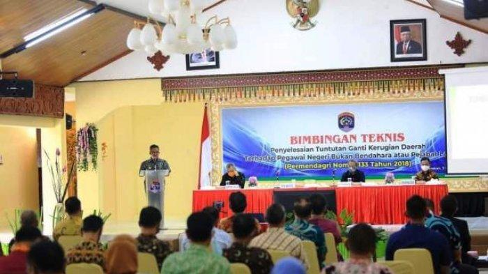 Buka Bimtek, Walikota Tarakan Sekaligus Melakukan Launching Host to Host Pajak Bumi Bangunan