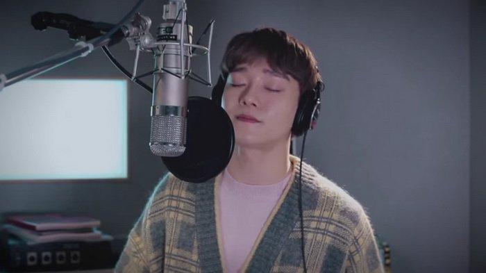 Ini Dia Klip Chen EXO Nyanyikan Lagu Cherry Blossom Love Song, OST 100 Days My Prince