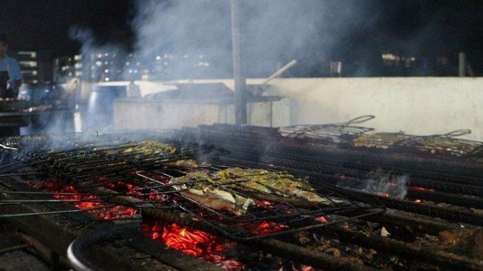 Agar Tidak Hancur dan Menempel Pada Alat Pemanggang, Ini Tips Membakar Ikan dengan Benar