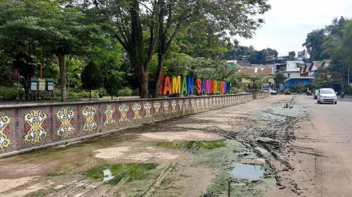 Beberapa Titik Jalan di Taman Samarendah Tergenang Air, Wawali Rusmadi Wongso Lakukan Ini