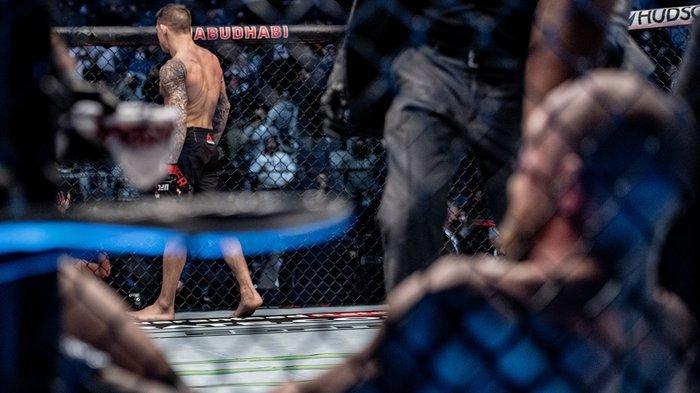 TERBONGKAR Rahasia Dustin Poirier Hancurkan Kaki McGregor di UFC 257, Lawannya Sampai Sulit Berjalan