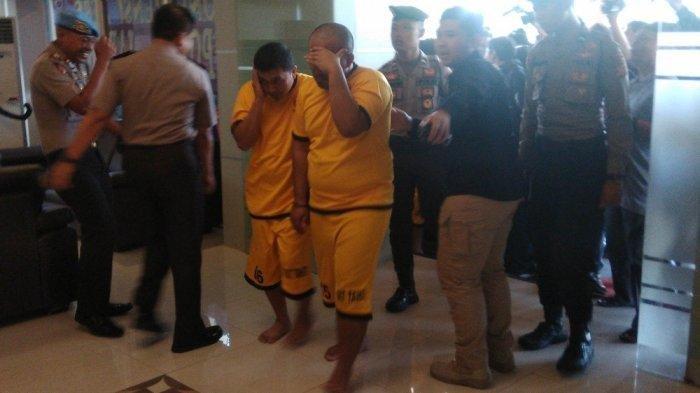 Staf hingga Sekda Pemkab Tasikmalaya yang Sudah Berbaju Tahanan Dijejerkan Saat Jumpa Pers