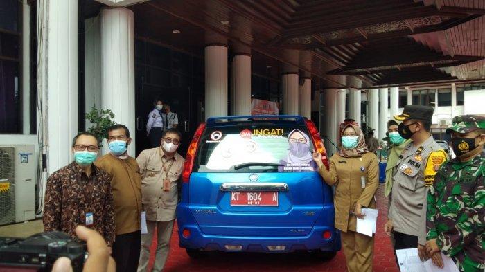 UPDATE Virus Corona di Balikpapan,BI Beri Hibah Mobil Operasional Vaksinasi Covid-19