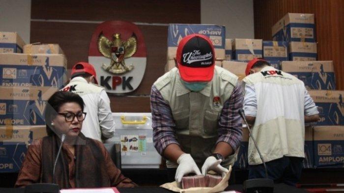 Suap Anggota DPR Bowo Sidik Dibungkus 400 Ribu Amplop Berisi Rp 20.000 dan Rp 50.000