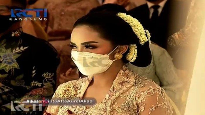 Reaksi Krisdayanti Direkam Ashanty saat Duduk Bersebelahan dengan Anang di Pernikahan Atta dan Aurel