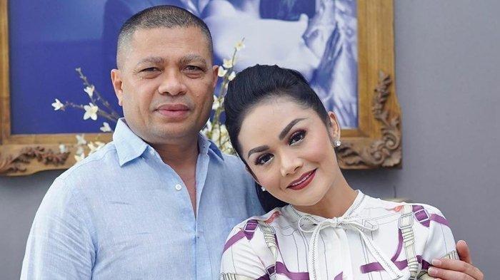 Krisdayanti Dapat Kabar Duka dari Raul Lemos, Musibah Datang Bersamaan dengan Pernikahan Aurel