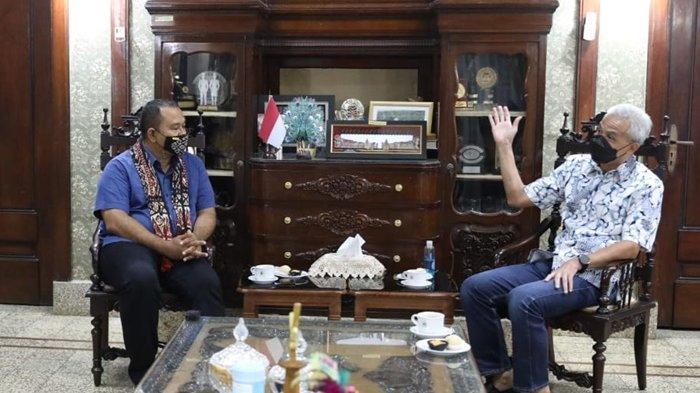 Gubernur Ganjar Sambut Hangat Kunjungan Raja Rote, 'Terima Kasih Sudah Menerima Masyarakat Kami'