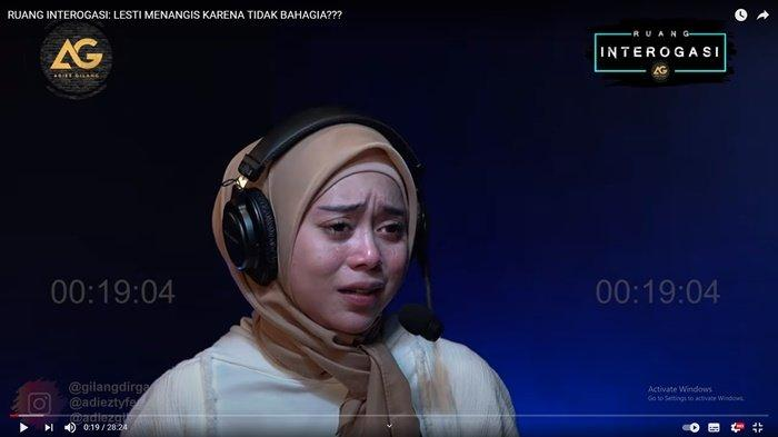 Gilang Dirga Tanya Soal Cinta Rizky Billar, Lesty Kejora Nangis Sesungukan, Takut karena Masa Lalu