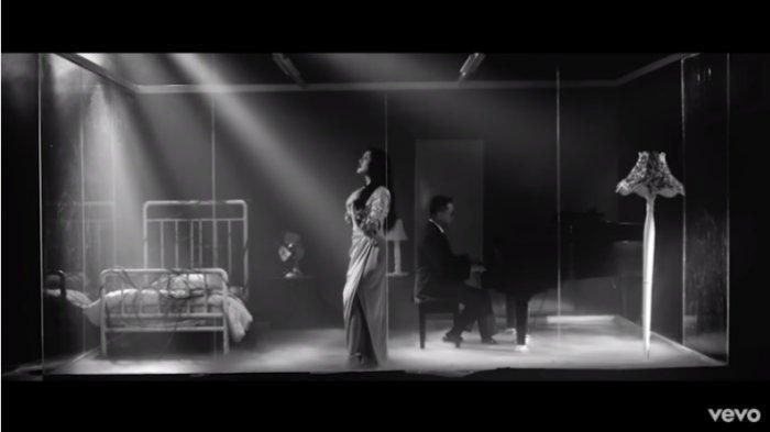 Chord Lagu Bahasa Kalbu - Raisa feat Andi Rianto: Kasih, Yakinlah Hanya Aku yang Paling Memahami