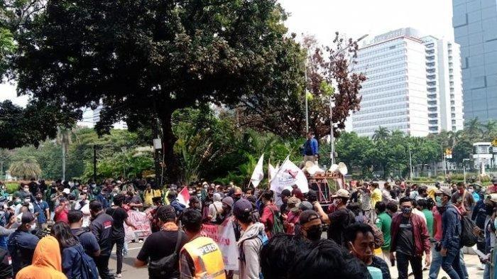 Seru, Aksi Teatrikal BEM SI Matinya Demokrasi, Tonton Live Streaming Kompas TV, TV One dan iNews TV