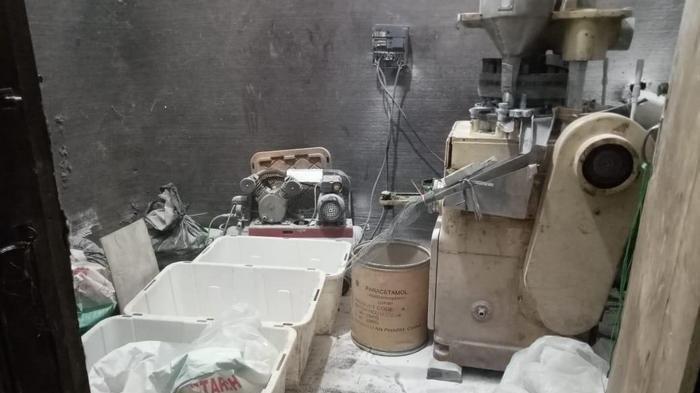 BNN Gerebek Pabrik Narkoba Berkedok Produsen Sumpit di Tasikmalaya, Pasarnya Sampai ke Kalimantan