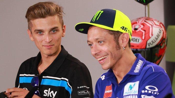 Detik-detik Maverick Vinales Selamatkan Adik Valentino Rossi di Kualifikasi MotoGP Jepang