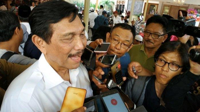 Kondisi Terkini Wiranto, Dijenguk Luhut Binsar Pandjaitan, Bisa Berdiri, Pulih Beberapa Hari Lagi
