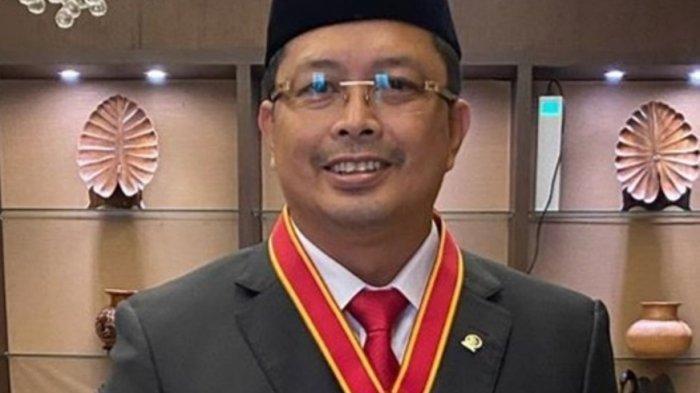 Pjs Gubernur Kaltara Sambut Kedatangan Wakil Ketua DPD RI Mahyudin di VIP Bandara Juwata