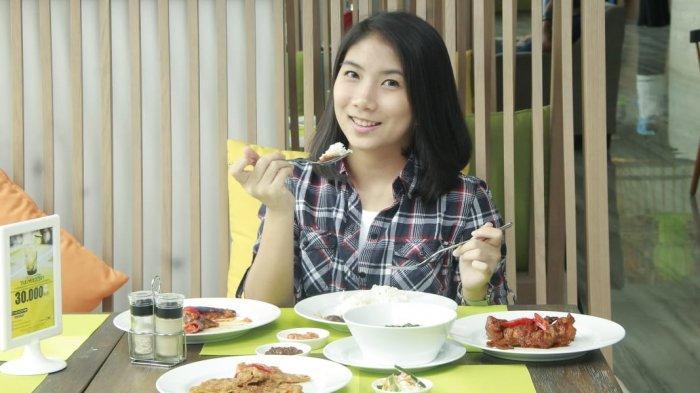 Anak Muda Balikpapan Bahas Menu Makanan Jam Istirahat Siang, Ada Soto Multikultur