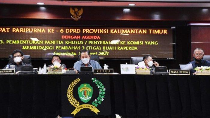 Makmur HAPK Berharap Pansus Segera Bahas Tiga Raperda, Gelar Rapat Paripurna ke-6 DPRD Kaltim