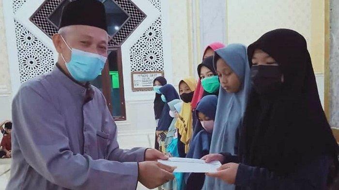 Peringatan 10 Muharram 1443 H, Masjid Jami' Nurul Iman Santuni 38 Anak Yatim